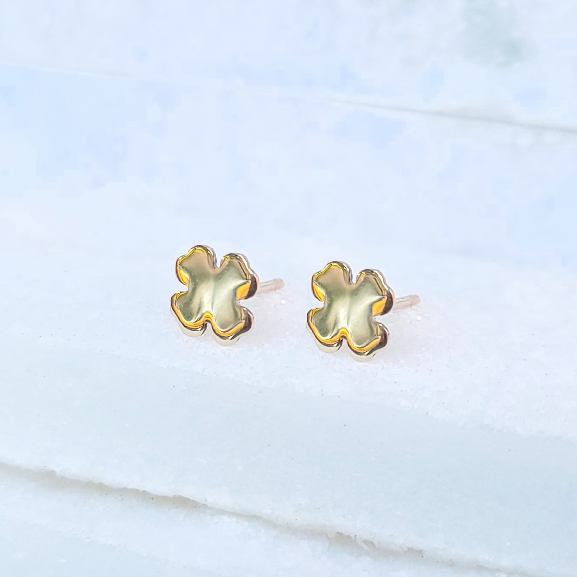 Sincerely Ginger Jewelry Clover Stud Earrings