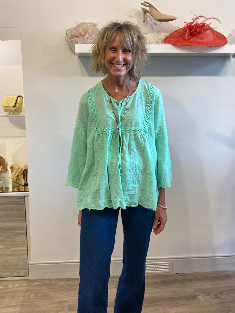 acl-rose-applique-blouse-light-green