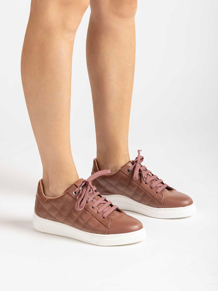 products/unisa-falua-padded-leather-trainer-rose