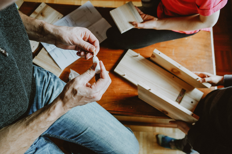 Wood Birdhouse DIY Kit