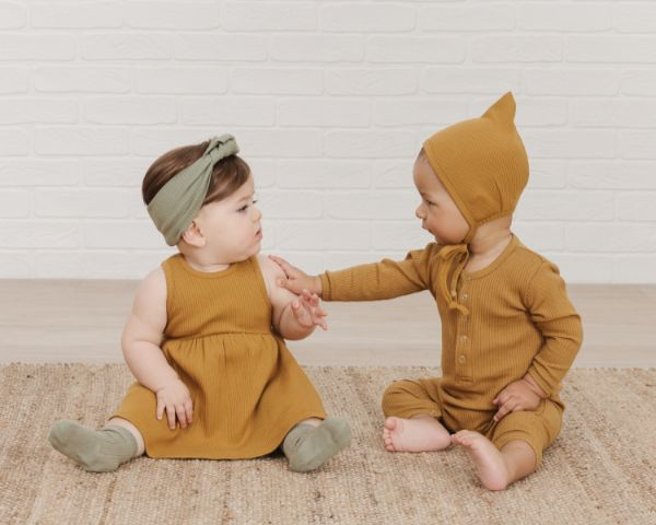 Toddlers in Quincy Mae Ocre Ribbed Organic Cotton with Moss Socks and Headband