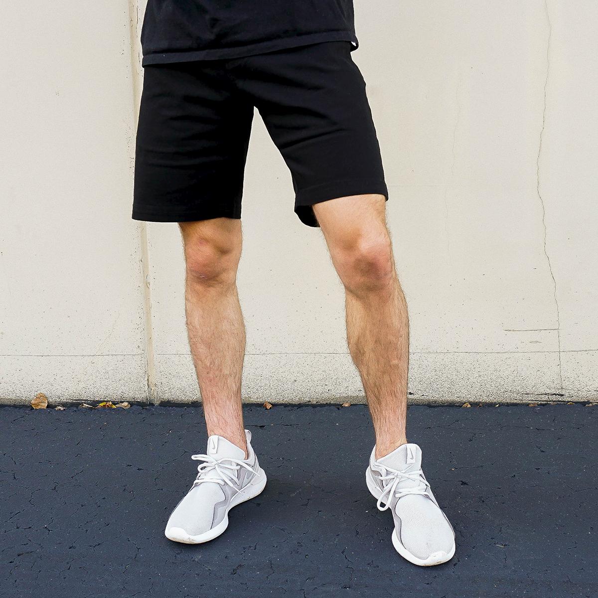IZOD Men's Twill Flat Shorts