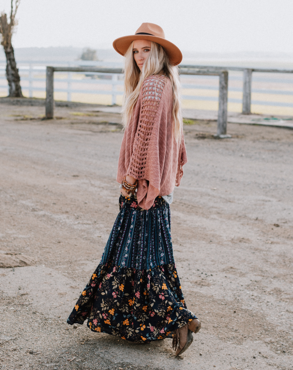 Sweater and Maxi Outfit