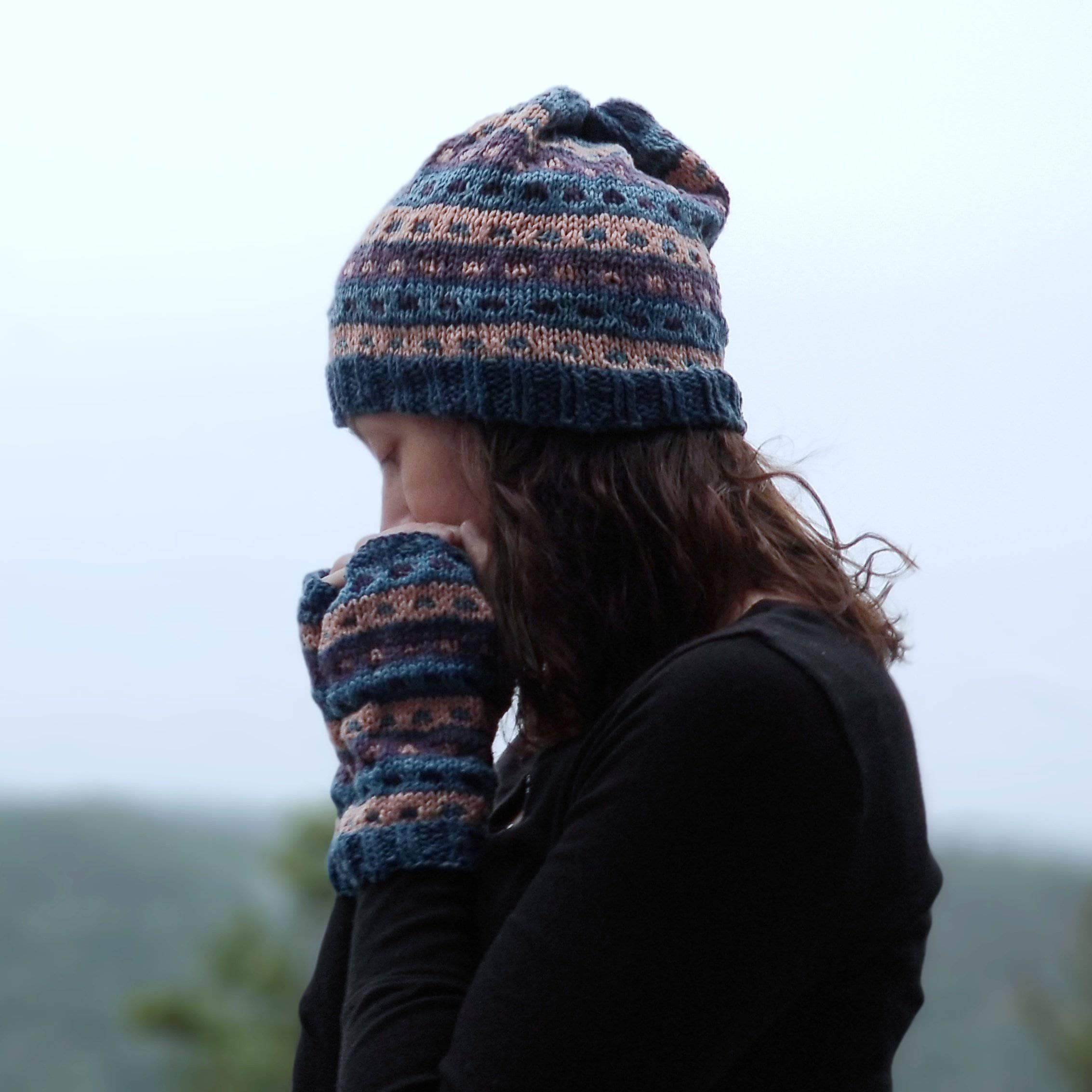 Today's free pattern download: Stripe a Dots hat and gloves