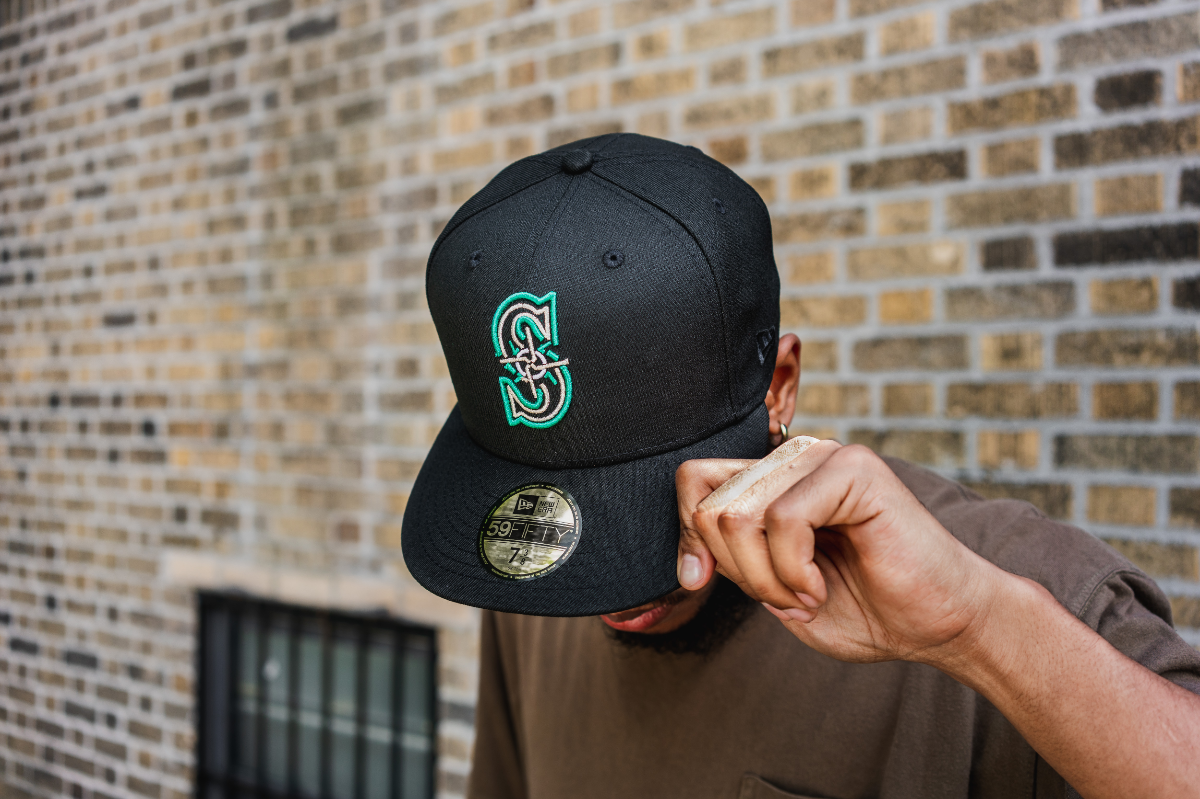 45fae09bc New Era 59Fifty Caps, Snapbacks, Team Hats | Hat Club