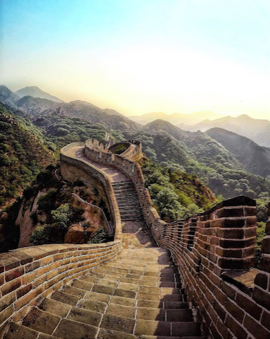 this was an awesome image of The Great Wall of China!